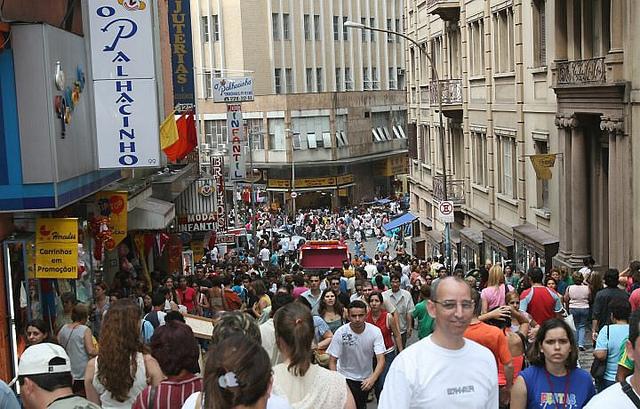 Para ir às compras em São Paulo, R  25 de Março