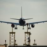 Avião Pousando