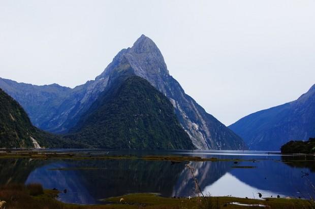 Fiorde Milford Sound na Nova Zelândia.